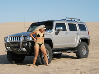 2007 Hummer H3 4 Dr Luxury, My babes at Pismo dunes, exterior, Suspension, adjusted