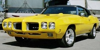 Front-quarter view of a 1970 Pontiac GTO convertible, exterior