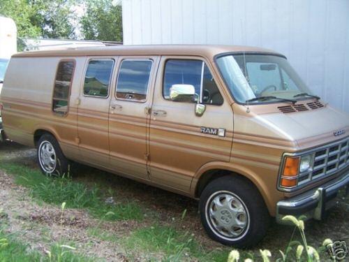 Dodge Ram Van Pic X