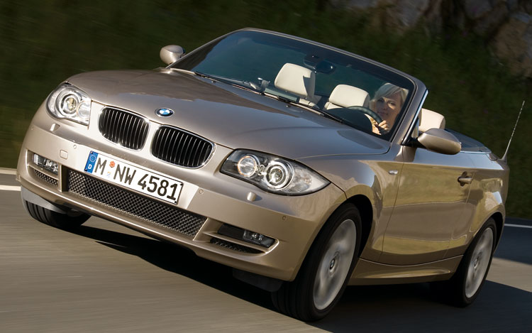 2008 BMW 1 Series 128i Convertible, side, exterior