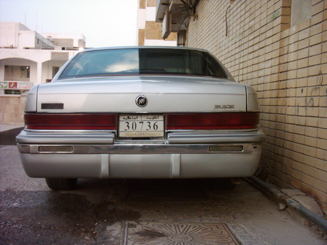 Picture of 1992 Buick Roadmaster 4 Dr Limited Sedan
