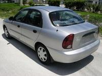 2002 Daewoo Lanos Overview