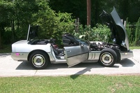 1987 Chevrolet Corvette, WIDE Open---pretty as you please.....