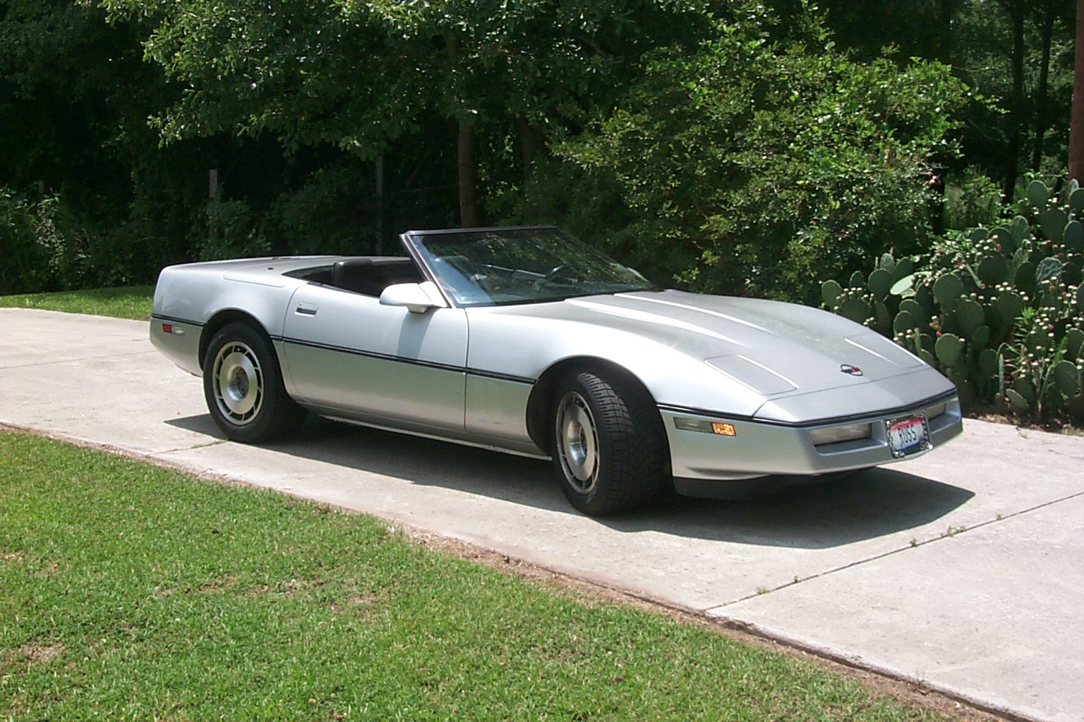 1987 Chevrolet Corvette Convertible Pictures T10170 pi7754704 on 2000 chevrolet camaro coupe