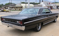 1966 Dodge Coronet, Rear-quarter view of a '66 Coronet 440 automatic, exterior