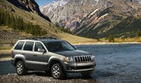The 2008 Jeep Grand Cherokee, manufacturer, exterior