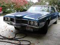 1971 Ford Thunderbird, Here are the only two pics I have of it right now. Its solid all around, has a 429 Thunderjet engine, and i got it for $1000 about a month ago. The vinal top and paint are going...