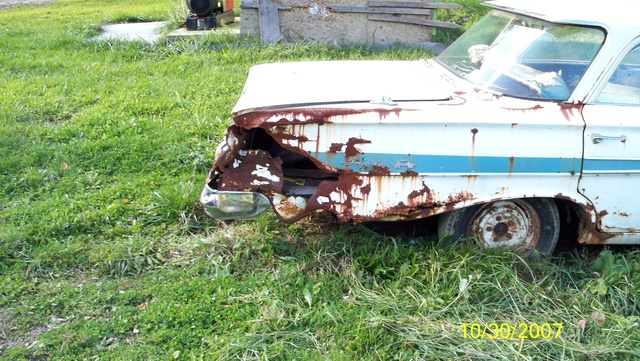1961 Chevrolet Impala, The reason why it was parked and sold too me.