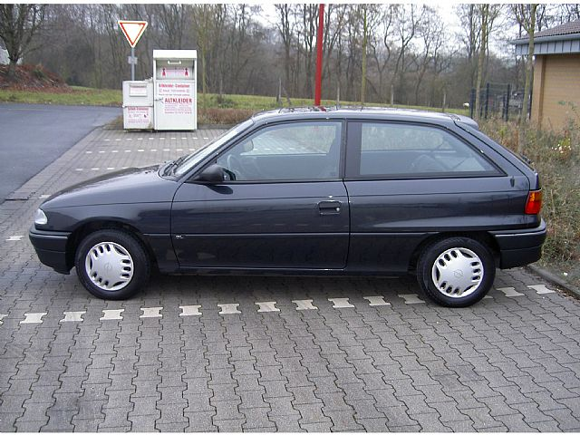 1995 opel astra other pictures cargurus. Black Bedroom Furniture Sets. Home Design Ideas