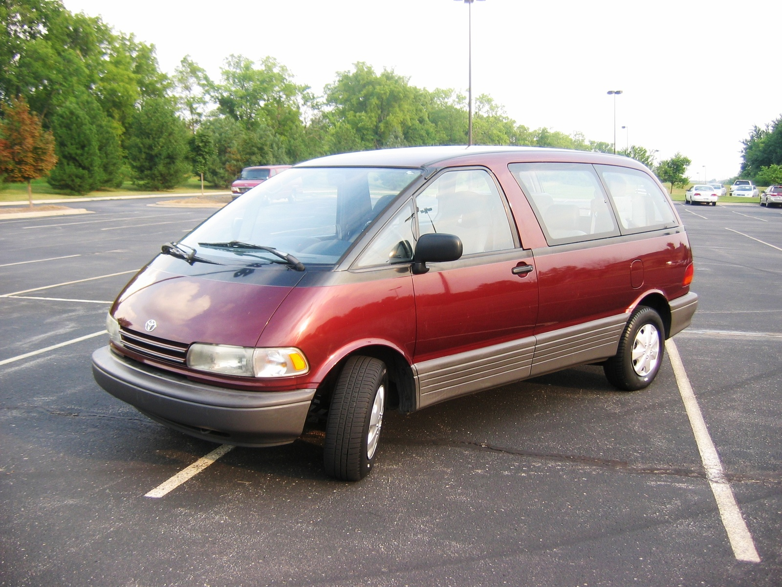1992 Toyota Previa - Pictures
