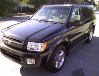 2002 Infiniti QX4 Picture Gallery