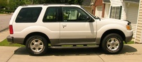 2002 Ford Explorer Sport 2 Dr STD 4WD SUV picture