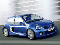2003 Renault Clio Overview