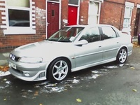 2000 Vauxhall Vectra Overview