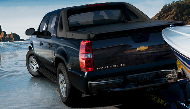 2008 Chevrolet Avalanche, back view, exterior, manufacturer