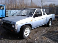 1989 Nissan Pickup picture