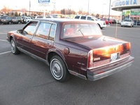 1990 Oldsmobile Ninety-Eight 4 Dr Regency Brougham Sedan picture