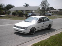Picture of 1998 Nissan Sentra GXE