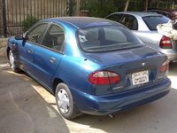 Picture of 1999 Daewoo Lanos 4 Dr SX Sedan