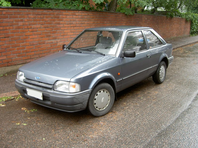 1990 ford escort   pictures   cargurus