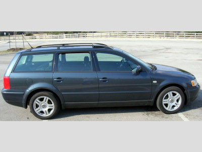 Volkswagen Passat Wagon 2001. 2001 Volkswagen Passat