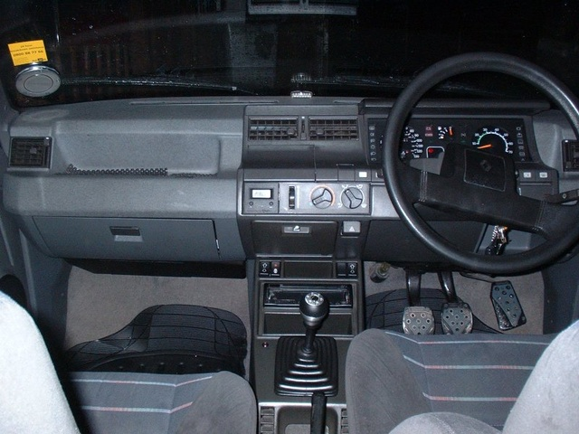 Picture of 1987 Renault 5