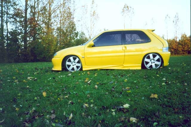 Picture of 2000 Citroen Saxo