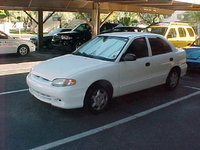 Picture of 1998 Hyundai Accent 4 Dr GL Sedan