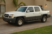 2002 Chevrolet Avalanche Overview