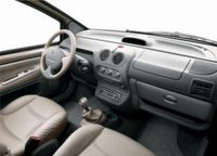 Picture of 2000 Renault Twingo