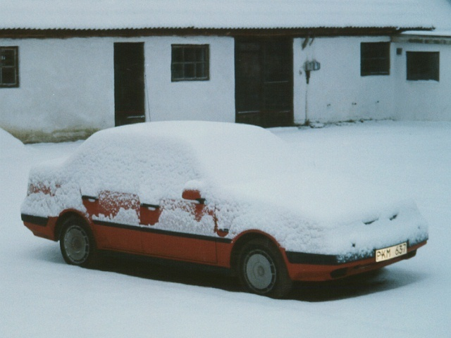 Picture of 1985 Volvo 760
