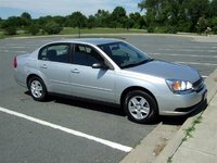 2004 Chevrolet Malibu Overview