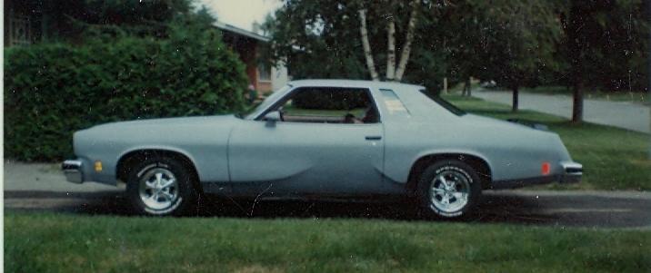 Oldsmobile Cutlass Supreme 1976. 1975 Oldsmobile Cutlass