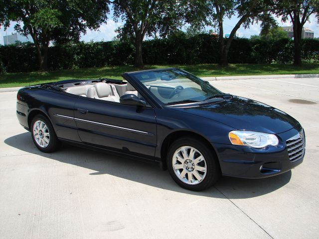 picture of 2004 chrysler sebring limited convertible. Cars Review. Best American Auto & Cars Review