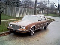 Picture of 1985 Pontiac Bonneville
