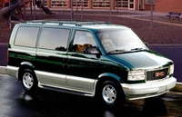 2004 GMC Safari Overview