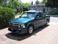 1997 Chevrolet S-10 Picture Gallery
