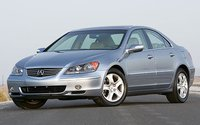 2005 Acura RL Picture Gallery