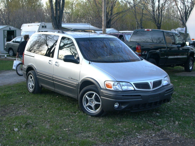 Picture of 2002 Pontiac Montana Base Extended