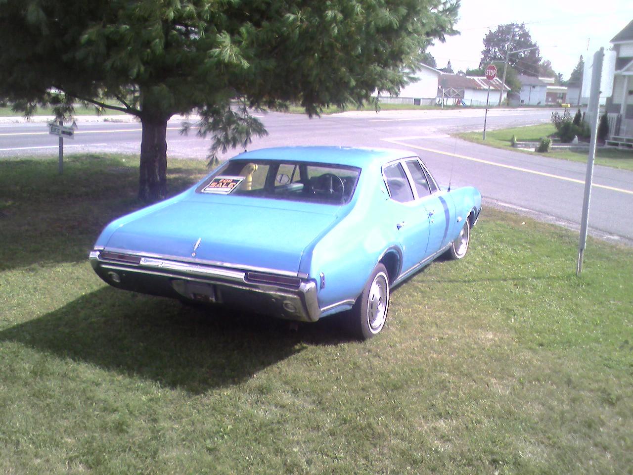 Oldsmobile cutlass supreme 2 door convertible side profile 81965 - 1968 Oldsmobile