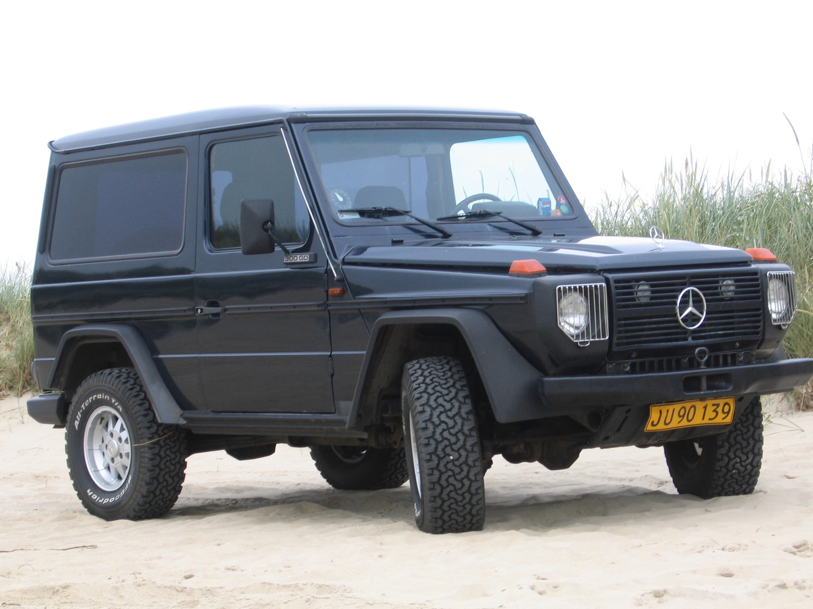 2002 mercedes benz g class pictures cargurus. Black Bedroom Furniture Sets. Home Design Ideas