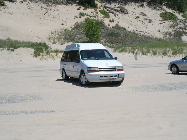 Picture of 1995 Dodge Grand Caravan 3 Dr SE Passenger Van Extended