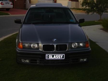 1992 BMW 3 Series - Pictures - CarGurus: http://www.cargurus.com/Cars/1992-BMW-3-Series-318i-Pictures-t37472?page=2
