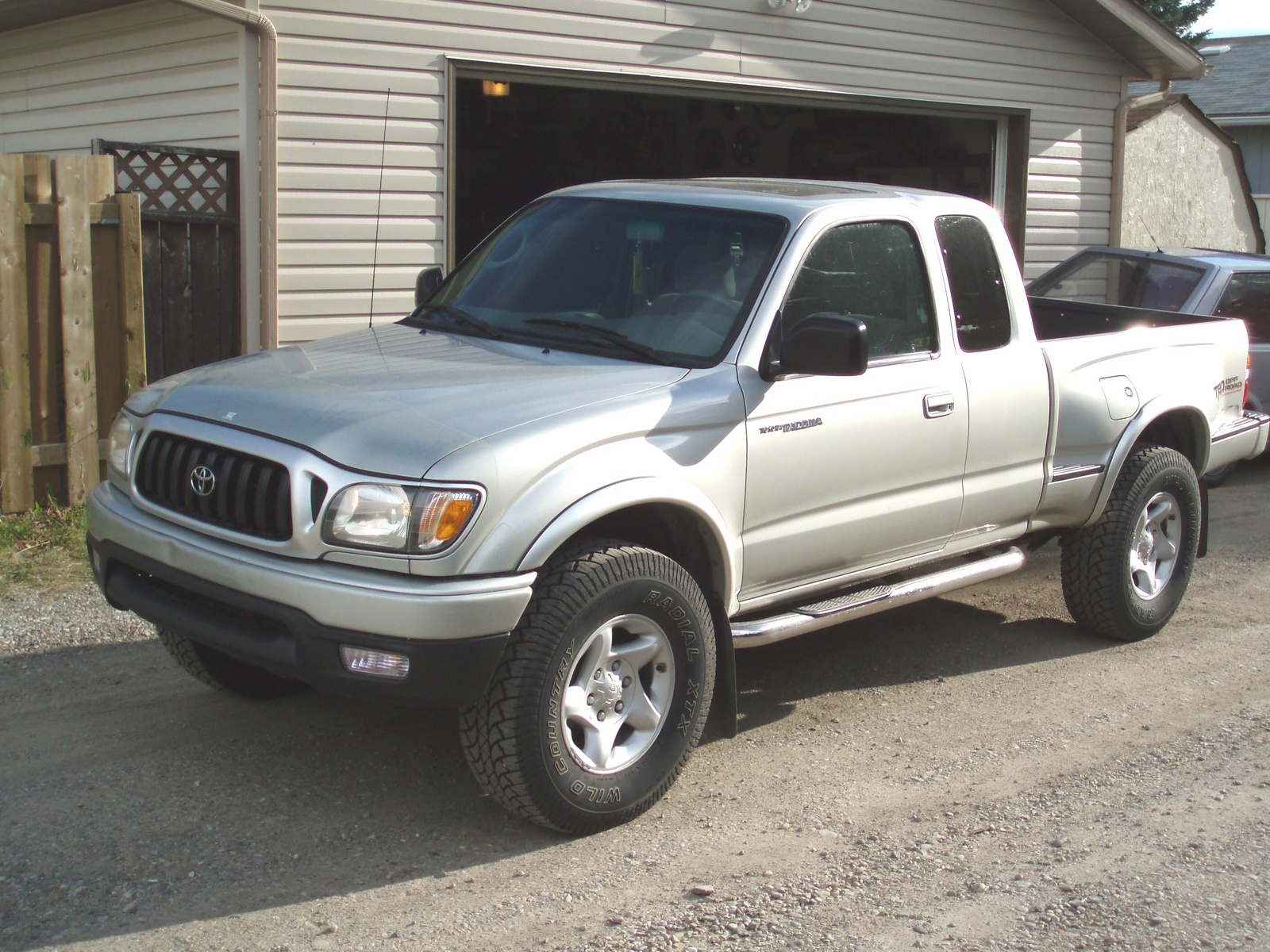 2002 Toyota Tacoma 2 Dr V6 4WD Extended Cab SB picture
