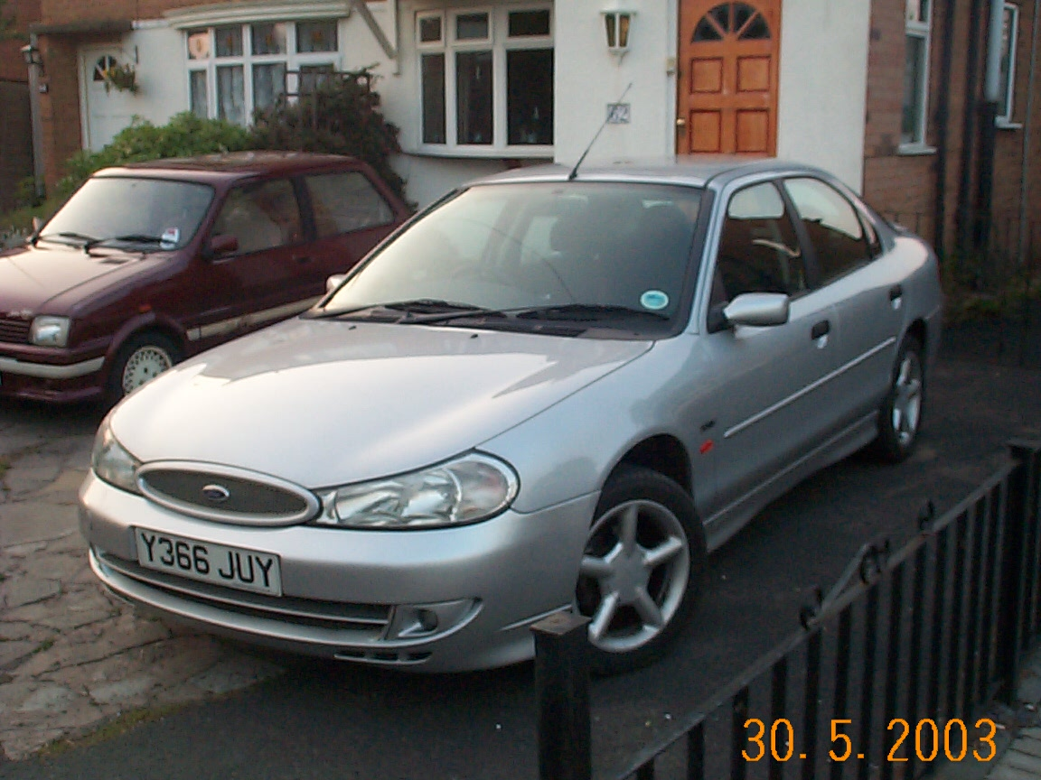 2000 ford mondeo pictures cargurus for Interieur ford mondeo 2000