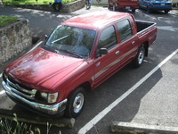 2003 Toyota Hilux Overview