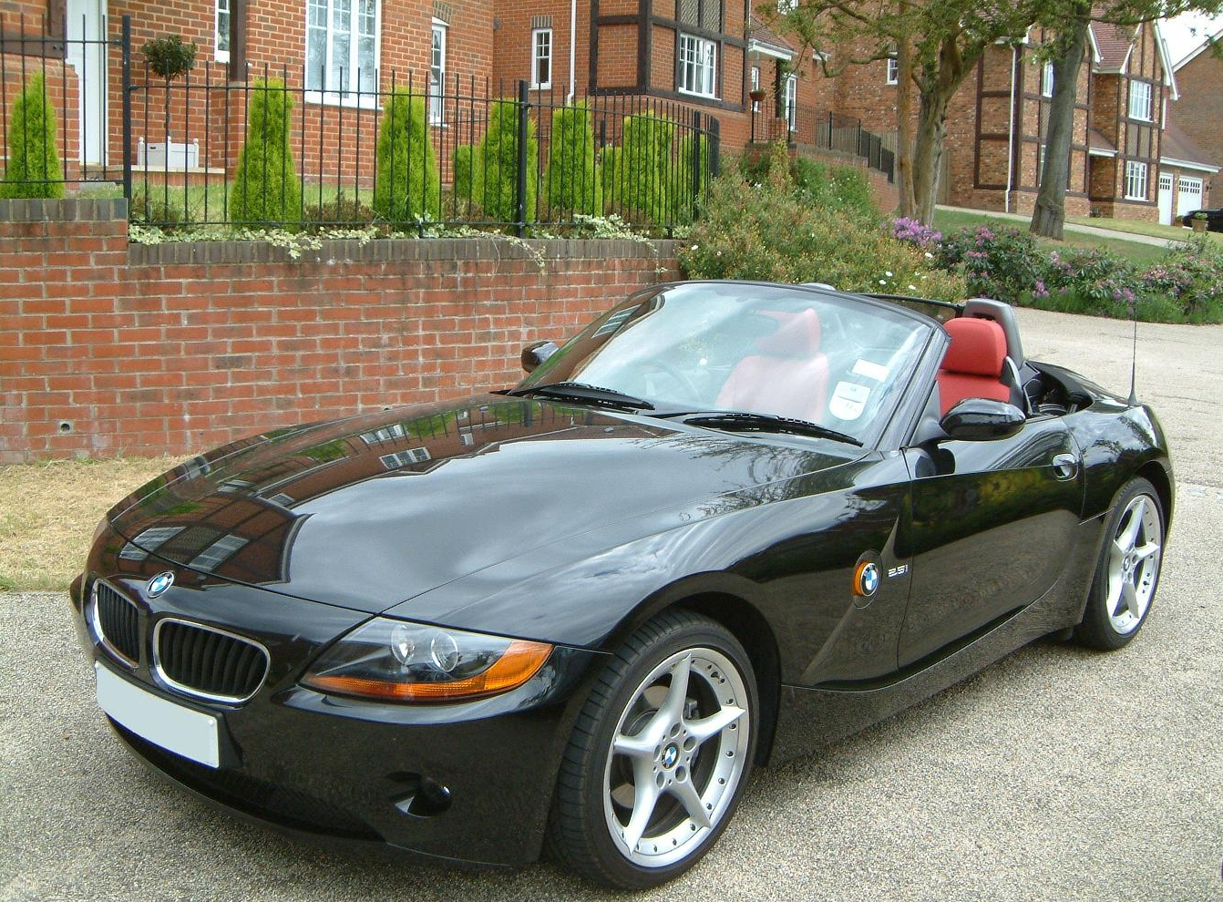 2004 bmw z4 other pictures cargurus. Black Bedroom Furniture Sets. Home Design Ideas