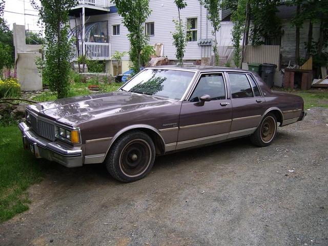 1986 pontiac bonneville pictures cargurus for Garage auto bonneville