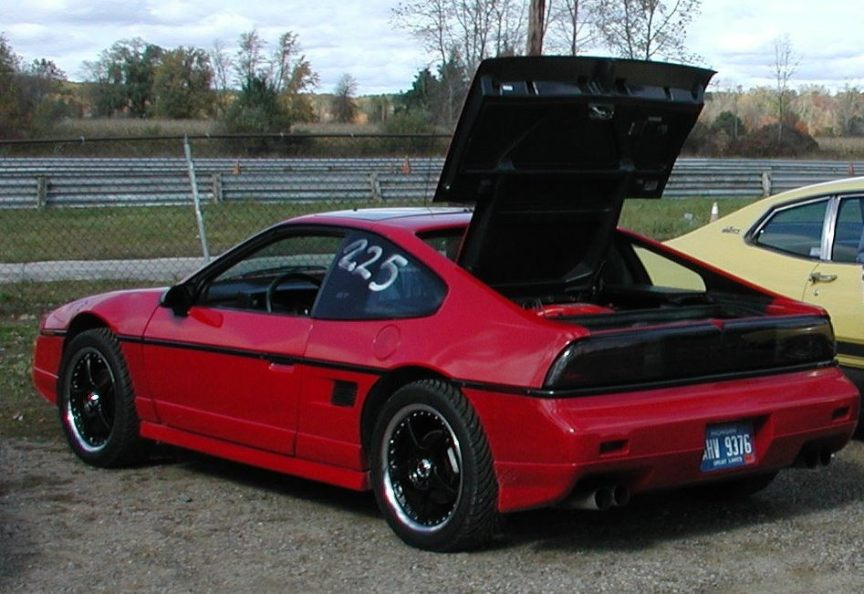 1988 Pontiac Fiero Pictures Cargurus