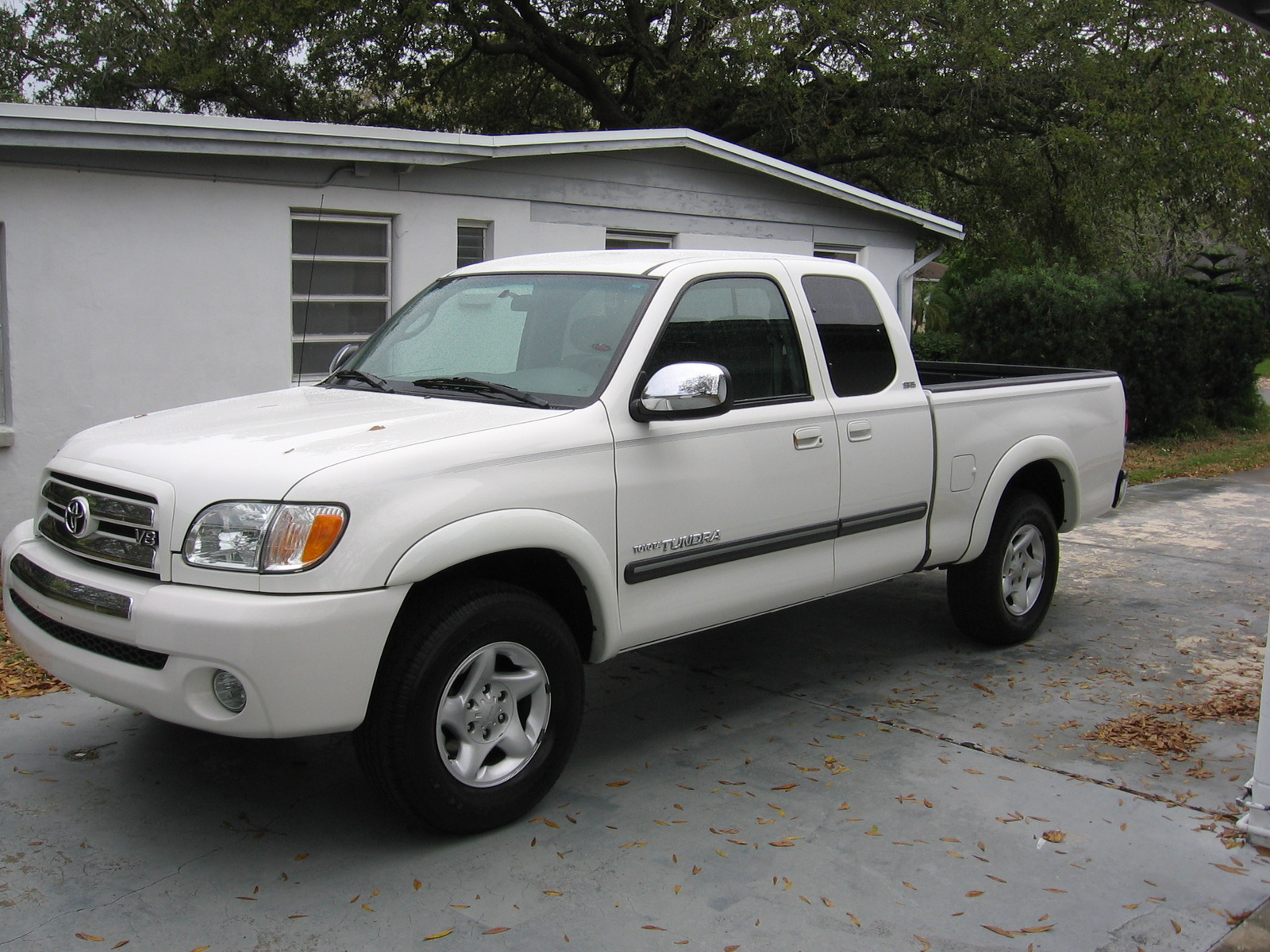 Picture of 2003 Toyota Tundra 4 Dr SR5 V8 Extended Cab SB